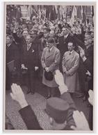 DT- Reich (002149) Propaganda Sammelbild Deutschland Erwacht Bild 128, Hitler Und Die Reichsregierung Bei Der Kundgebung - Briefe U. Dokumente