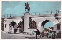 Oostende Standbeeld Van Koning Leopold II - Oostende