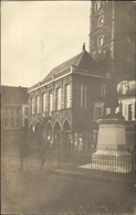 Photo Cp Bapaume Pas De Calais, Denkmal Mit Rathaus - Francia