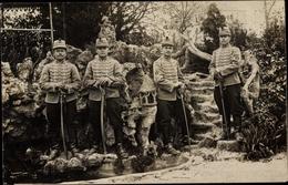 Cp Commercy Lothringen Meuse, Gruppenbild Husaren, Kavallerie - France