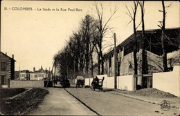 Cp Colombes Hauts De Seine, Le Stade Et La Rue Paul Bert - France