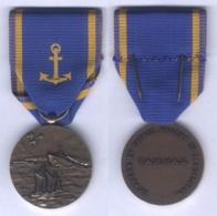 Médaille De La Fédération Des Associations De Marins Et Marins Anciens Combattants ( F.A.M.M.A.C ) - France