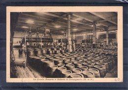 54. Champigneulles. Les Grandes Brasseries Et Malteries. Salle De Soutirage De La Biere - Andere Gemeenten