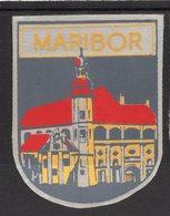 YUGOSLAVIA, SLOVENIA, MARIBOR, TOWN, CITY  LABEL, IMPREGNATED TEXTIL, 6 X 8 Cm - Hotel Labels