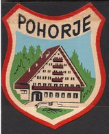 YUGOSLAVIA, SLOVENIA, POHORJE, TOWN, SKI RESORT LABEL, IMPREGNATED TEXTIL, 8 X 7 Cm - Etiquetas De Hotel