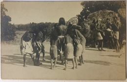 Natives Dancing - Inde