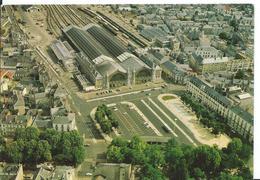 TOURS    ( INDRE ET LOIRE )  LA PLACE DU MARÉCHAL LECLERC ET LA GARE - Tours