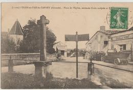 Lugon-et-l'Ile-du-Carnet  33  La Place De L'Eglise Tres Tres Animée Devant Epicerie-Café-Voiture Et Attelage - France