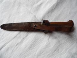 COUTEAU-POIGNARD MANCHE EN BOIS AVEC FOURREAU CUIR - Knives/Swords
