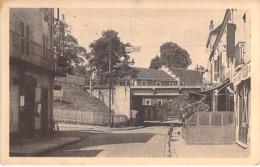 71 - CHAGNY : Rue De La Gare Et Pont Du Chemin De Fer - CPA Village (5.540 Habitants) - Saône Et Loire - France
