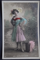 CPA FEMME THEATER - MOULIN ROUGE - LES BLANCHISSEUSES - Walery - Women - Frau - Theater
