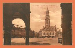 A583 / 173 62 - ARRAS La Petite Place Hotel De Ville - France