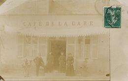 Carte Photo Café De La Gare  Cachet Vierzon Vers Chateau De St Augustin Le Veurdre Allier - Cafés