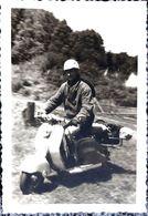 SCOOTER VESPA MOTO ANNEES 1960 CLICHE ORIGINAL 11 X 7 CM - Fotos