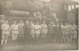 Carte Photo Chemin De Fer De Campagne Coblence Moselle. 50ème Section C.F.C. Militaria, Militaires Devant Locomotive. - Régiments