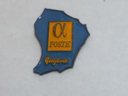 Pin's LA POSTE DE GUYANE - Mail Services