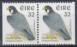 Ireland 1997 (MNH) (AVE078) - Peregrine Falcon (Falco Peregrinus) - Pair From Booklet - Adler & Greifvögel