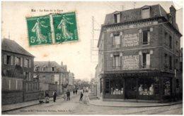 76 EU - La Rue De La Gare - Eu