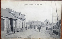 C. P. A. : 80 CANDAS : Rue De La Gare, Animé, édit; Masson Bocquet, Epicerie Centrale - Francia