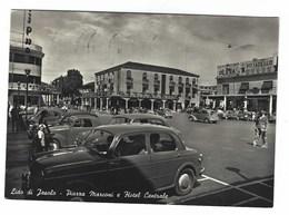 2873 - LIDO DI JESOLO PIAZZA MARCONI E HOTEL CENTRALE VENEZIA ANIMATA 1958 - Italy