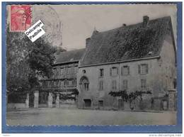 Carte Postale 27. Le Neubourg   Le Vieux Chateau  Cachet Militaire Trés Beau Plan - Le Neubourg