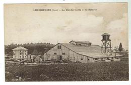 LES ROUSSES - La Gendarmerie Et La Scierie  - Bon état - Autres Communes
