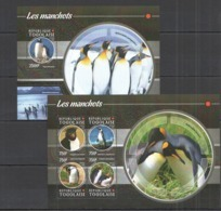 TG115 2015 TOGO TOGOLAISE WILD FAUNA BIRDS PENGUINS LES MANCHOTS KB+BL MNH - Pinguine