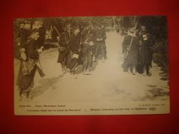 N°0823. WW1. INFANTERIE BELGE SUR LA ROUTE DE CHARLEROI. FORTE ANIMATION DE SOLDATS. - Guerre 1914-18