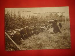N°0836. WW1. LA GUERRE. SOLDATS BELGES AVEC LES ANGLAIS PRES D'YPRES (BELGIQUE). ANIMATION DE TIREURS. - Guerre 1914-18
