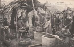 Rare Cpa Hanoi Ouvriers Fabriquant Le Papier Annamite - Viêt-Nam