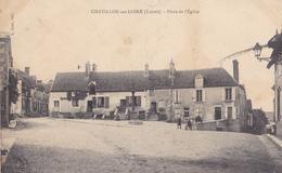 BAC19-  CHATILLON SUR LOIRE  EN LOIRET  PLACE DE L'EGLISE  CPA  CIRCULEE - Chatillon Sur Loire