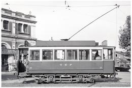 Tramway De Perpignan (66) Perpignan - Motrice N°17, Place De La Gare, Vers 1950 - Tramways