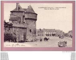 C.P.A  DE   GUERANDE  ( LOIRE - INF.) --- PORTE  SAINT  MICHEL  --  PLACE DU MARCHE  AU BOIS - Guérande