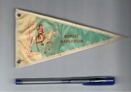 Fanion En Plastique ( Style Toile Cirée ) -. Route Napoléon -- Tourisme, Voyage, Vacances( Fr83) - Zonder Classificatie