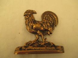 Petit Coq En Bronze Haut De 10 Cm Sur 10 De Large 220 Gr - Art Populaire