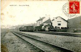 40. Montfort En Chalosse. La Gare (taches Sur Le Côté) - Montfort En Chalosse