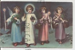 Trois Anges Accompagnent Jésus. Bougies, Branches De Sapin, Paniers De Cadeaux. - Anges