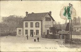 (BALLANCOURT )( 91 ESSONNE ) PLACE DE LA GARE - Ballancourt Sur Essonne