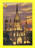 E-Espagne-288P BARCELONA, La Catedral, Vista Nocturna De La Fachada, BE - Barcelona