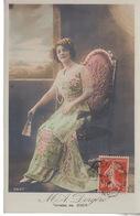 CPA FANTAISIE - Femme Robe -  M. A. DORGERE - Toilette De Beer - Altri Fotografi