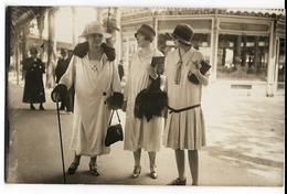 Photocarte De Dames à La Mode à Vichy - Vichy