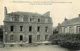 """St Nazaire - Bâtiment De La """" Coopérative """" - Vue Prise Intérieurement De La Cour - à Droite Coin De La Salle Des Fêtes - Saint Nazaire"""