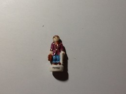 Fève Pierrot - Characters