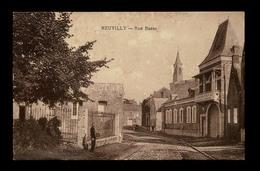 NEUVILLY (Nord) - Rue Basse. Carte Peu Fréquente. Voir Description Détaillée Et 2 Scans. - France