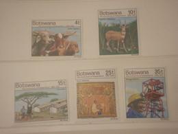BOTSWANA - 1976 INDIPENDENZA 5 VALORI  - NUOVI(++) - Botswana (1966-...)
