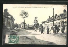 CPA La Neuville-Bosmont, Rue Principale, Blick In Die Hauptstrasse - France