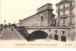 FR34 MONTPELLIER - Nd 6 - La Palais De Justice Et L'arc De Triomphe - Animée - Belle - Montpellier