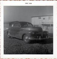 Photo Carrée Originale B.B. USA - Belle Automobile Américaine Années 1950 à Identifier En 1959 - Automobiles