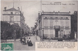 89. AUXERRE. Entrée De La Ville Dite Porte Du Temple. 32 - Auxerre