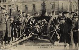 Cp Strasbourg Straßburg Elsass Bas Rhin, Erbeutete Englische Geschütze Auf Dem Kaiserplatz - France